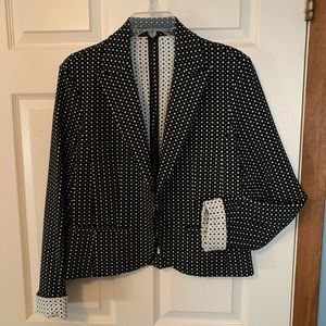 Nice jacket to dress up your look!